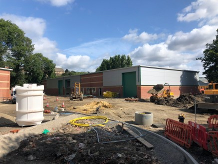 Calder Bank will consist of 7 brand new modern light industrial/business units, of single storey clear span steel portal frame construction, with eaves height of approximately 6m beneath pitched and hipped insulated metal profile sheet roofs incorpor...