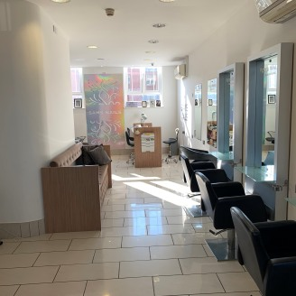 An exciting opportunity has arisen to lease a substantial salon/retail unit in the heart of Warrington Town Centre.   The property is currently operating as an aesthetics salon with training facilities and is fitted out accordingly, it would suit sim...