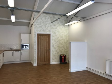The property briefly comprises a well presented self contained unit within the Craggs Country Business Park which is deemed suitable for a variety of uses to include office, retail or workshop (Subject to Planning Permission).  The accommodation is p...