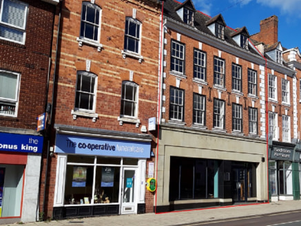 A 6,830 sq ft development opportunity located at the southern end of Bromsgrove High Street . A mid-terrace property that was formerly occupied by a national restaurant chain. The building is arranged over three floors with frontage to the high stree...