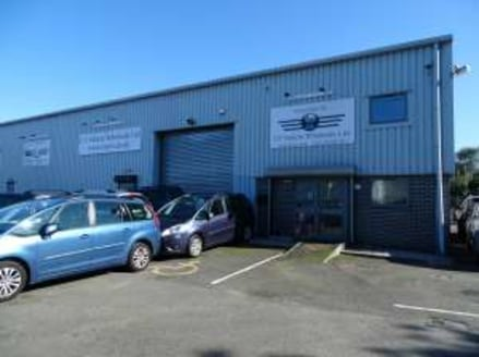Gross Internal Area of 460.0 sq.m. / 4,950 sq.ft. Located on a prominent, well-established estate. Good transport links to the A52/M1 and A50....
