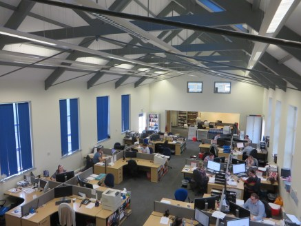 High quality refurbished office space *Main office is double height with vaulted ceiling, exposed beams + velux roof lights *39 no. dedicated car parking spaces *24 hour site security Assignment or sub-letting of existing lease. Terms: Rent: £3...