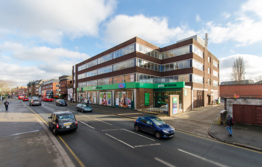 - Refurbished, open plan offices  - Town centre location  - 1st and 3rd floor offices  - Can be offered in suites from 700 sq ft up to 5,900 sq ft