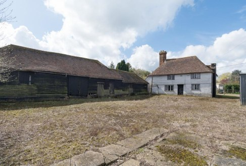 An historic 3 bedroom house for complete refurbishment, with adjoining barn with permission for conversion, and an adjoining paddock. Available as a whole or in up to 3 lots.