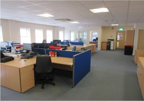 FaIrfax House Is a promInent detached self-contaIned 'L' shaped 2 storey offIce buIldIng constructed In the early 1990's provIdIng modern spacIous accommodatIon currently confIgured Into a varIety of open plan and prIvate offIce/ meetIng rooms. The p...