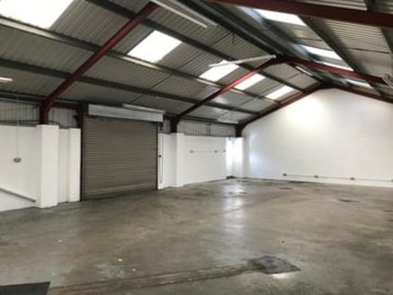 Vale Industrial Park is a private estate with security gates which are shut outside normal working hours. 24 hour access is provided to occupying tenants. The property comprises a single storey light industrial/warehouse unit....