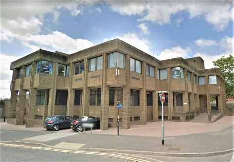 Ashford's former courthouse has recently been refurbished and now provides superb office accommodation on the ground floor totalling a little under 2650 sq.ft. It is predominantly open plan in nature and could be split if so required.   The current c...
