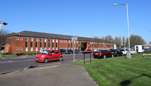 TO LET  LOCATION  Enterprise House is located in the heart of Team Valley in Gateshead, with two junctions off the A1 providing a strategic position with excellent transport links to the wider North East region.  Team Valley is home to over 700 busin...