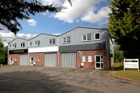 The available accommodation consists of one individual unit providing good quality office accommodation on the first floor with clear storage/warehouse/workspace below. A couple of mezzanine areas have also been...