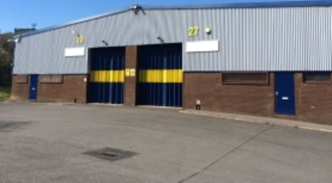 TO LET: Industrial / Warehouse Premises from 214.51 - 424....