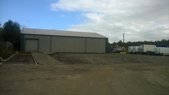 A modern industrial/warehouse unit.  Adjacent yard/compound also available.  20,527 sq ft  Leasehold - £92,000 per annum