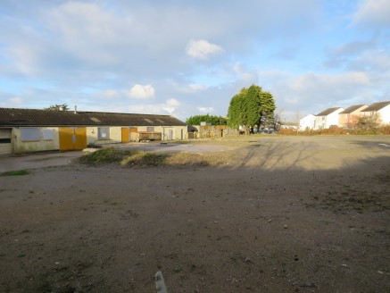 1.07 acre (0.433 ha) site. 4,810 sqft of Workshop and Office Space. Hardstanding storage yard. Secure Compound. Access to A30 and Town Centre. £27,000 per annum.