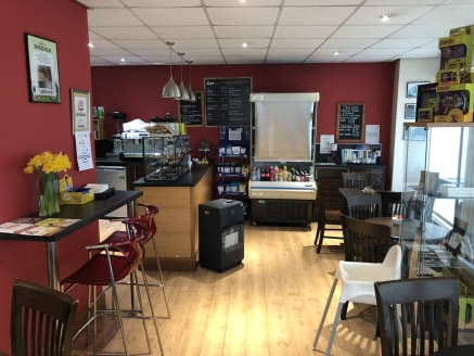 **1/3 Rates discount may be applicable on retail premises as of April 2019, subject to qualification**  The property briefly comprises of a retail unit with A3 use previously occupied by Cafezone situated adjacent to Ricci's Place restaurant and Pump...