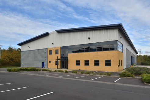 No. 3 level loading doors (5m wide by 5m high). 8.6m eaves height. 3 phase electricity. Warehouse heating and lighting. Fully sprinklered. Two storey offices. 37m yard depth. 36 car parking spaces. Fully fenced site and access via double gates.