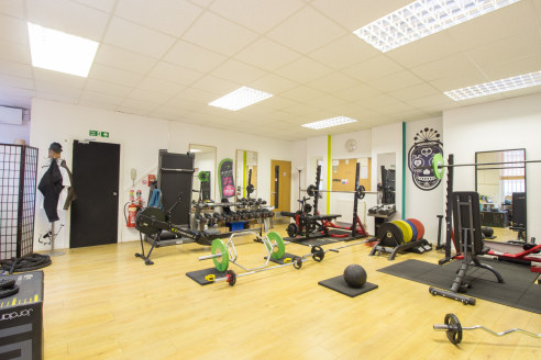 Previously used as a gym. But the property could be used for a number of business.  Two-storey office premises in an excellent position close to Deansgate, one of Manchester city centre's premier retail highways. Located within a few minutes walk fro...