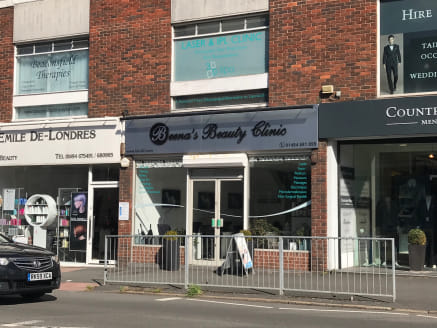 The shop is located in a prime position on Station Road directly fronting the pedestrian crossing opposite M & S Simply Foods. Nearby occupiers include Costa, Prezzo, WH Smith, Sweaty Betty amongst other multiples and independent traders. Sainsbury's...
