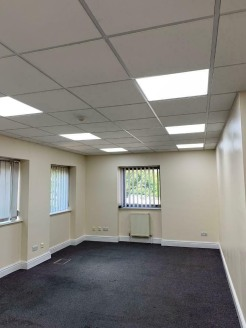 This property comprises ground floor office space along with shared Kitchen facilities, allocated parking spaces and key fob/ face recognition entry system. Perfectly located in Askern with easy access to the A19 & A1.