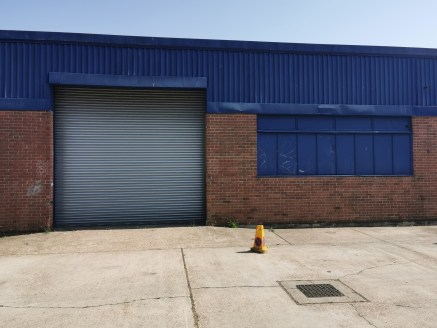 Industrial/Warehouse Unit  Size - 3,058 sq ft