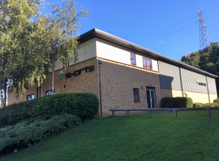 The property comprises a modern hybrid office and industrial/warehouse unit being constructed on a steel portal frame with brick and metal sheet clad walls and under a pitched sheet clad roof incorporating translucent panels.  Internally the offices...