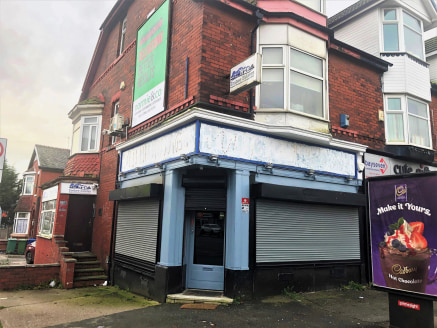 Amco Commercial are pleased to offer this ground floor retail premises with A5 planning for hot food takeaway.   The premises are located on a prominent main road right in the heart of a popular retail area. Neighbouring properties include Lidl, Sain...