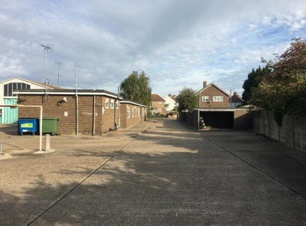 Industrial Warehouse Unit with Offices and Parking To Let 732.2 sq m (7,882 sq ft) approx.