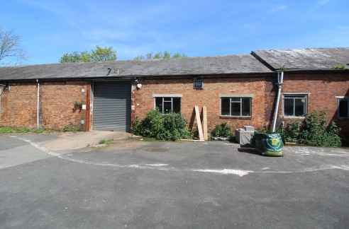 A lock up IndustrIal/commercIal/storage unIt * HIgh bay IndustrIal unIt * GIA 5,963 sq ft (554 m sq) * VersatIle accommodatIon * SuItable for a range of commercIal uses * BenefItIng from three phase electrIc Download Brochure Property DescrIptIon The...