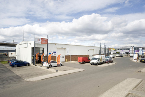 Modern Trade Park Units. Highly Visible from A695 Chainbridge Road. Eaves Heights up to 6m.