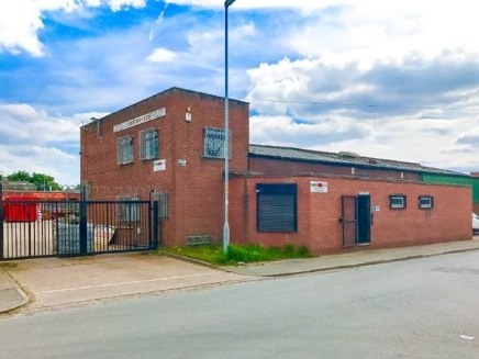 Large concreted rear yard with dual access. 3 Phase electric supply. Office accommodation extending to approx. 800 sq. ft. Warehouse lighting and heating. Excellent access M62 / M57 & M56. 3 Ground level access loading doors.