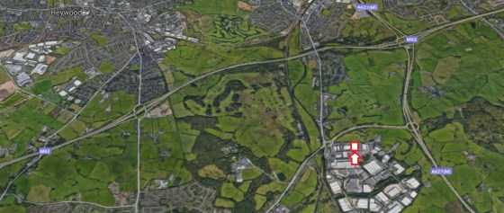 Description\n\nLocation\nThe unit is situated on Bentley Avenue which forms part of Stakehill Industrial Estate and is located adjacent to the dual carriageway link to the A627 (M), which in turn joins the M62 at Junction 20 which is approximately 1...