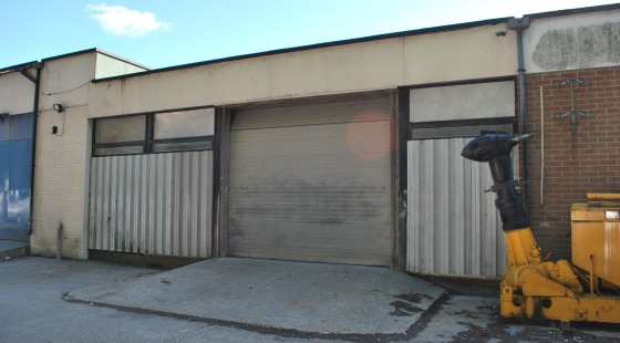 Industrial /Warehouse Unit  Total 86.60 sq m (932 sq ft)