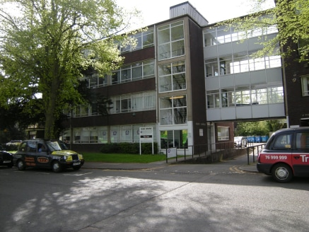 Park House consists of two, four storey office buildings with a bridge link connecting the two.  The offices that are currently available are situated at ground floor and second floor levels.  The ground floor office is accessed off a communal area w...