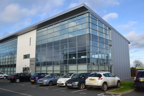 High specification office suites within modern building\nLift, comfort cooling, raised access floors and car parking\nAll inclusive rent and 'easy in easy out' terms available.\nSuite A2: 85.63 sq m (921 sq ft) - 3 Parking spaces\nSuite B1: 20.28 sq....