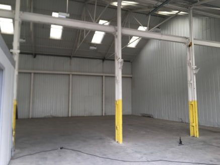 An industrial warehouse with small office, kitchen and a toilet located within an established multi tenanted industrial estate on Bridge Lane.  There is parking for staff across the frontage of the unit for 3 vehicles.  Location  Bridge Lane is locat...