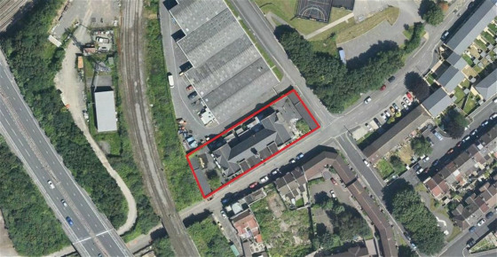 Substantial site of approximately 0.42 acres (1,700sqm), currently occupied by an attractive former school of over 8,000sqft (NIA) with additional outbuildings and grounds to the sides and rear. The site offers significant potential for residential r...
