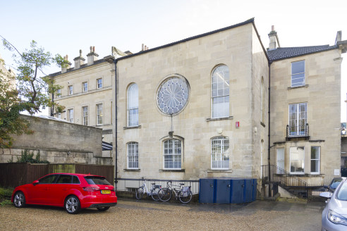 The building is a Grade II listed building comprising four storeys including lower ground floor, ground floor and two upper floors. The accommodation provides mostly open plan office accommodation with various amenities such as kitchen, meeting rooms...