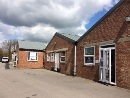 A flexible selection of Workshop and Warehouse Units.   Elcot Park & Mews comprise two separate buildings of brick elevations under pitched roofs.   The flexible nature means that almost any size and environment can be created.   Parking spaces are a...