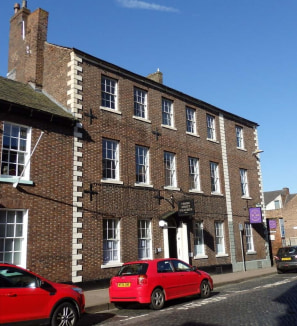 City centre office accommodation, suitable for small or new business start ups. AVAILABILITY: ROOM 2: Second floor room with excellent light with skyline views across Carlisle Flexible Terms SMALL BUSINESS RATES RELIEF OF UP TO 100% MAY BE APPLICABLE...