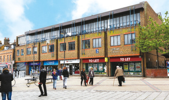 <p>Prominently situated on the south side of Park Street in the heart of Luton's pedestrianised town centre, opposite its junction with Church Street which leads to Luton Railway Station a short distance away.</p>  <p>The property is adjacent to the...