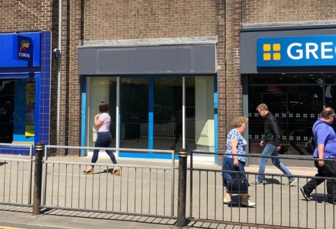 "<p>A terrace of retail units with a number of well known retailers located in close proximity including Iceland, Greggs and Coral.</p><ul>  <li class=""p1"">Suburban retail premises</li>  <li class=""p2"">Adjacent to Greggs </li>  <li class=""p3"">Nearly o..."