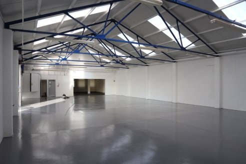 Newly refurbished industrial / warehouse unit with trade counter and a 3,250 sqft secure yard, prominently positioned on one of Reading busiest thoroughfares.