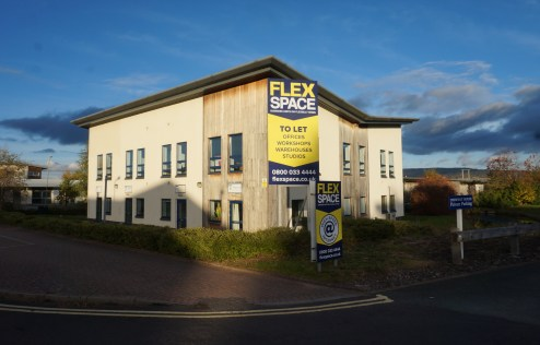 "Fully serviced offices to let.\n\n■ ""Easy-in, easy-out"" terms, no legal costs, no complicated documentation\n\n■ Offices have Cat II lighting, heating and carpeting\n\n■ Furnished complete with telephone(s) and broadband\n\n■ Meeting rooms and busine..."