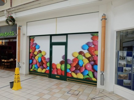 Retail Unit TO LET  Extending to 96.2m² (1035.48ft²)