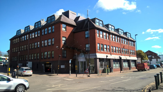- Prominent modern office in the heart of Epsom town centre  -self contained suite 2284 sq ft.  - Available fitted out with meeting / board room and private office  - On-site parking  -To Let