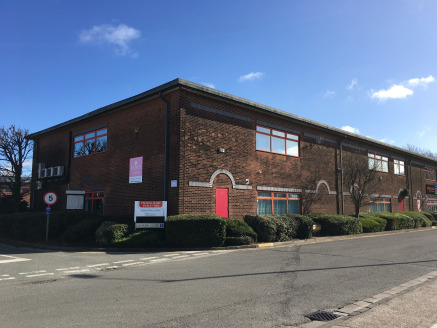 7 Canada Close, Banbury, is a modern first floor office incorporating steel portal frame construction under a pitched and clad roof. The first floor offices are good quality with suspended ceilings, gas fired central heating, kitchen, separate male a...