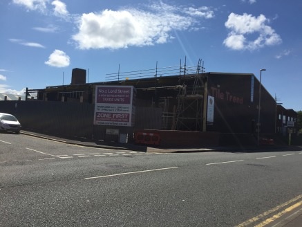 New development of 4 industrial/trade counter units with a yard in Birkenhead.  2,583 sq ft  Rental £6 per sq ft