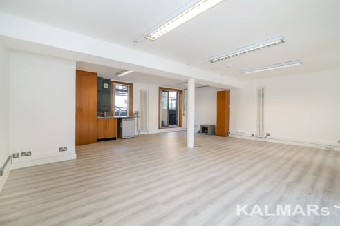 SE1. 562 sq ft. A recently refurbished, lower ground, open-plan office situated within the popular Maltings Place development. The space offers good natural light will double aspect full height windows. The unit features underfloor trunking, new wood...