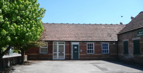 Office Unit & Storage To Let