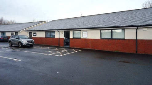 High Quality Office Space To Let\nSituated on a Popular Business Park\nEasy Access onto A49\nArea: 119.29 sq m (1284 sq...
