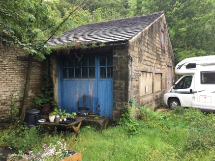 The premise briefly comprises a single storey stone built workshop with garden situated conveniently close to Hebden Bridge town centre.  The property benefits from a solid floor and two timber loading doors providing drive in access to both the fron...