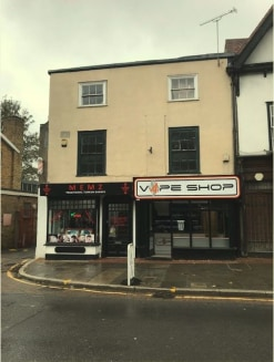 The building comprises of a semi-detached premise in a sought-after market town location with a detached Grade II residential flat set towards the rear of the site.   Comprising of one ground floor self-contained shop, the other is split over ground...